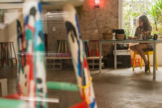 follow-the-colours-ju-amora-banquetas-coloridas-novo-atelie-01