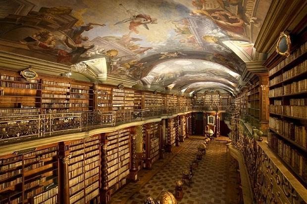 biblioteca-praga-3