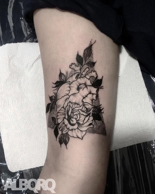 follow-the-colours-albqrq-tattoo-blackwork-16