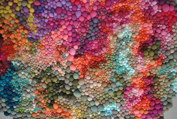 follow-the-colours-arte-bolas-tecido-coloridas-08