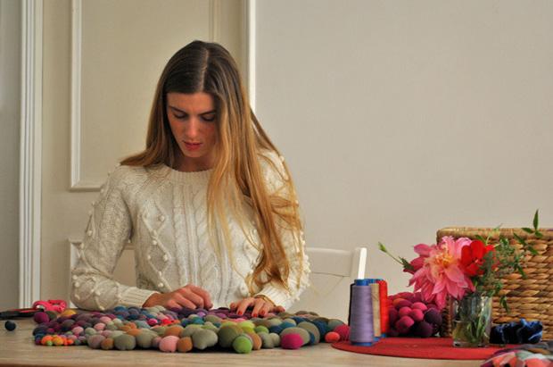 follow-the-colours-arte-bolas-tecido-coloridas-16