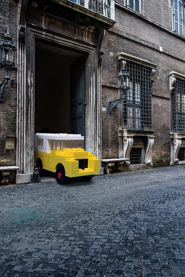 follow-the-colours-domenico-franco-carros-lego-roma-02