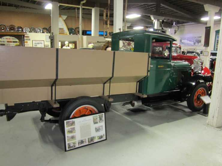 1923 REO Speedwagon Flat Bed