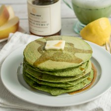 Fluffy Green Pancakes