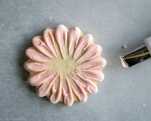 Gerber Daisy Flower Cookie Bouquet-3