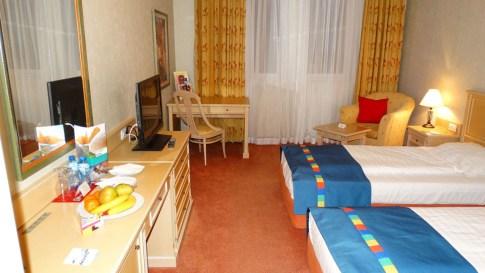 Park Inn by Radisson, twin bedroom