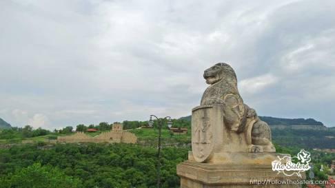 Tsarevets lion and Trapezitsa Hill in Veliko Tarnovo