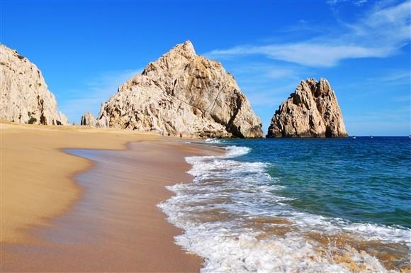 Lovers-beach-mexico