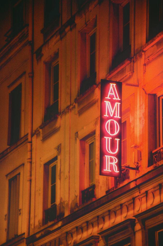 Romantyczny weekend w Paryżu dla dwojga - amour