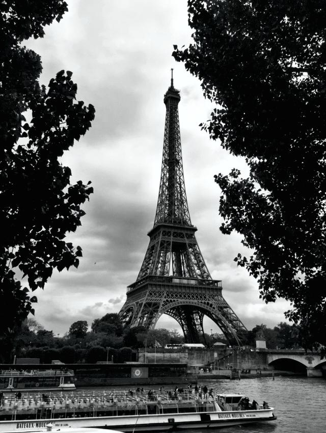 Romantyczny weekend w Paryżu dla dwojga - wieża eiffla