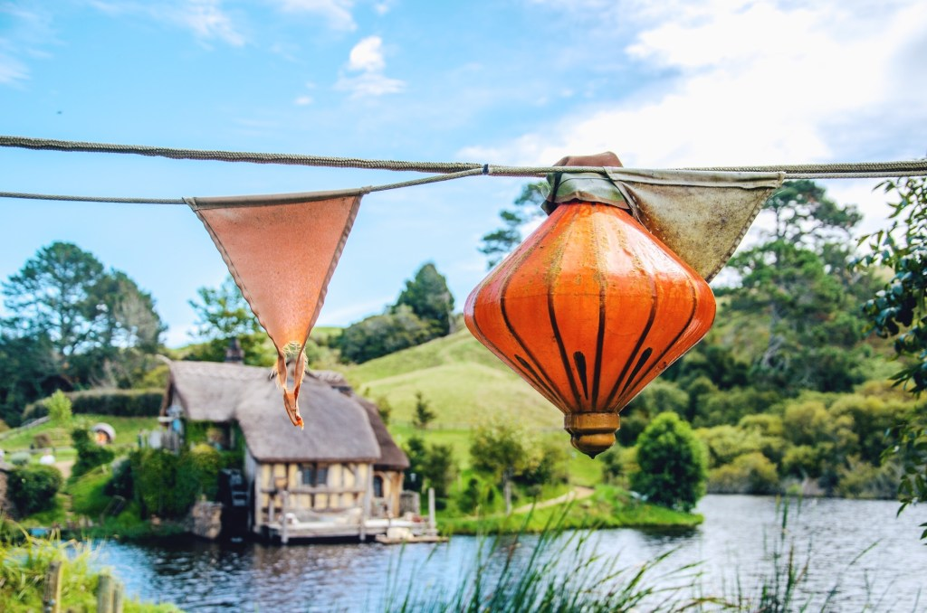 visiting hobbiton - hobbit village in New Zealand - lanterns