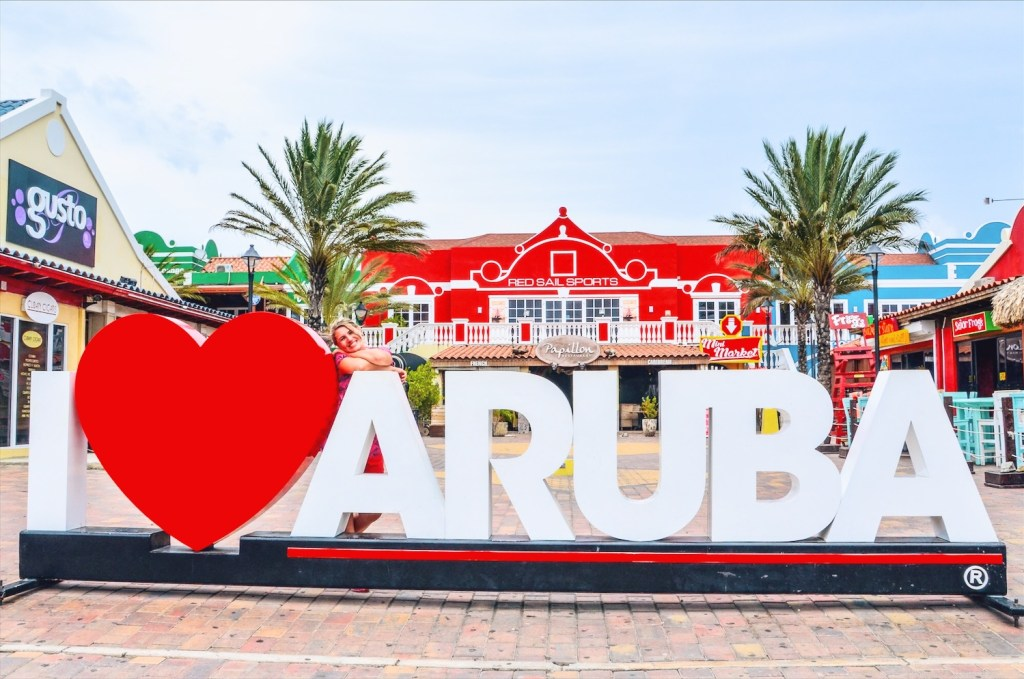 Find out our amazing Aruba photos - the Carribean gem... Get inspired to visit one of the most beautiful islands in the world.
