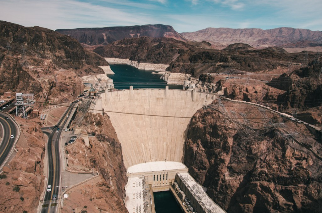 how to get to Hoover Dam