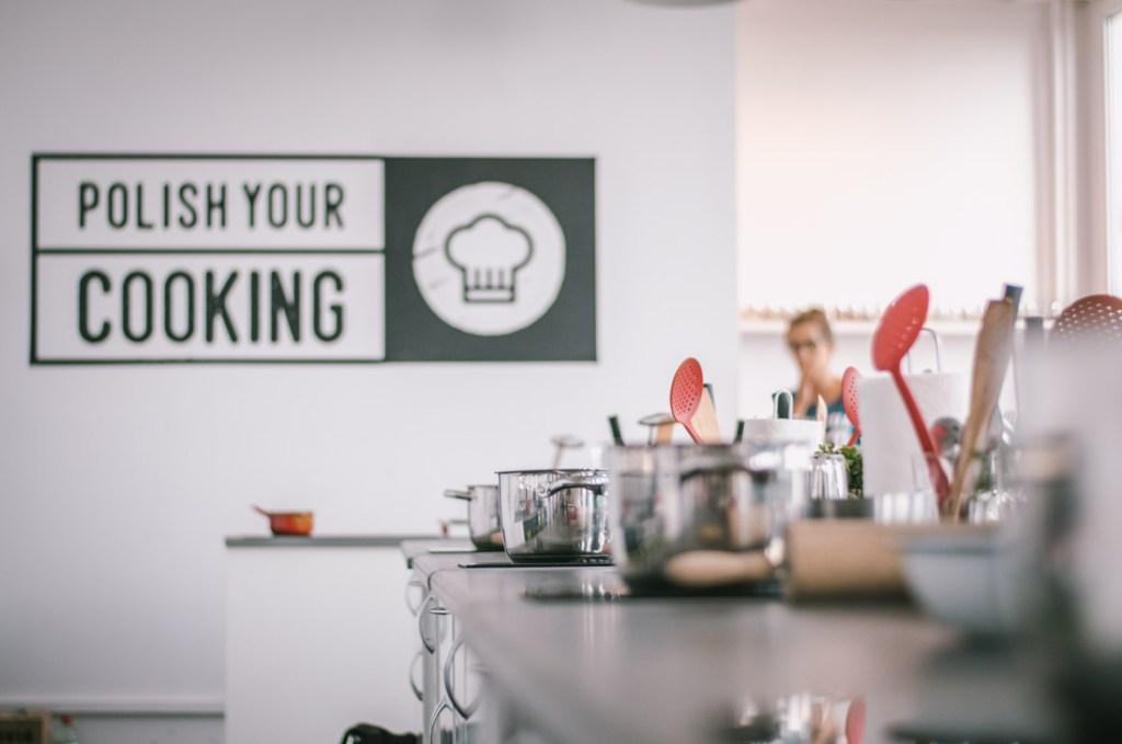 Wyjątkowa nauka gotowania w Warszawie - zostań królem lub królową pierogów! Nasza recenzja lekcji gotowania w Polish Your Cooking.