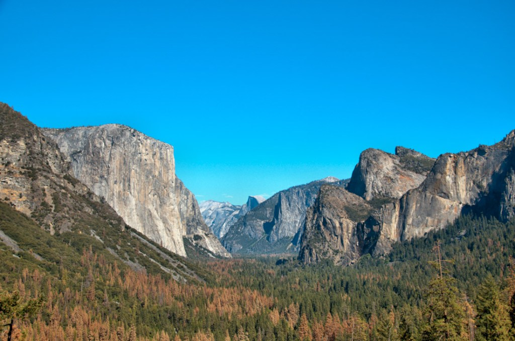 things to do in yosemite national park - Tunnel view with El Captain