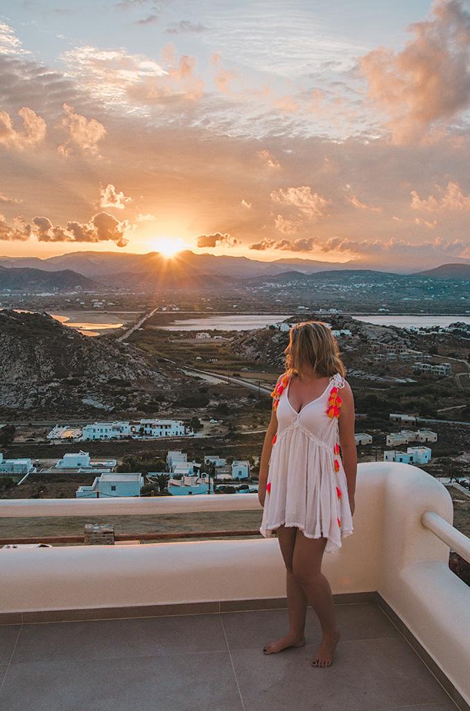 Naxos Rock Villas - wschod slonca i Madzia