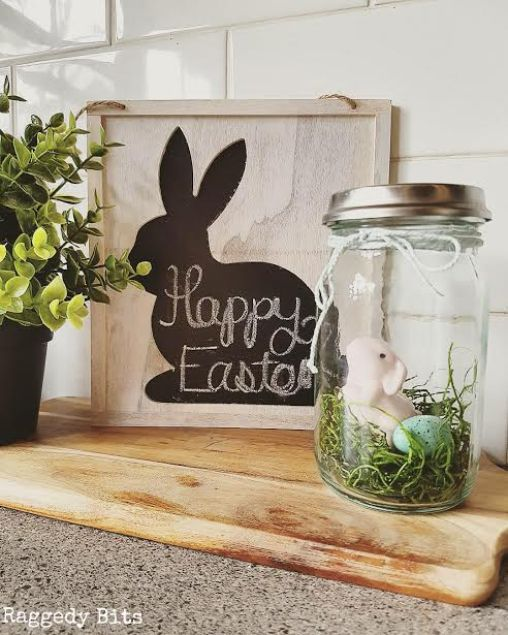 Cute farmhouse Easter vignette with diy Easter mason jar