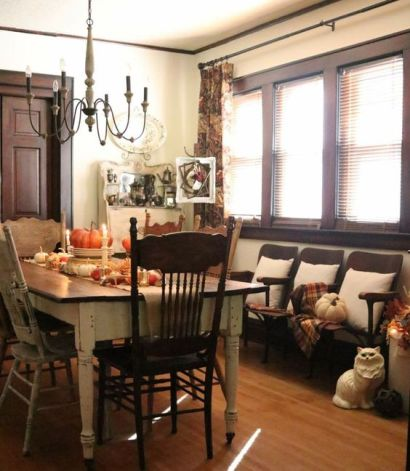 Beautiful French Country Farmhouse cottage dining room fall decorating ideas