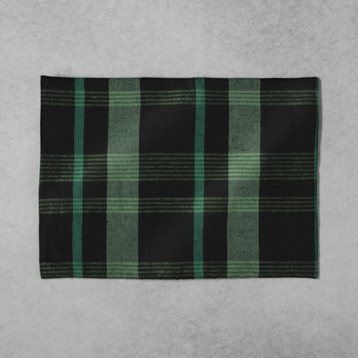 Hearth & Home Chip and Joanna Gaines Target Plaid Placemats
