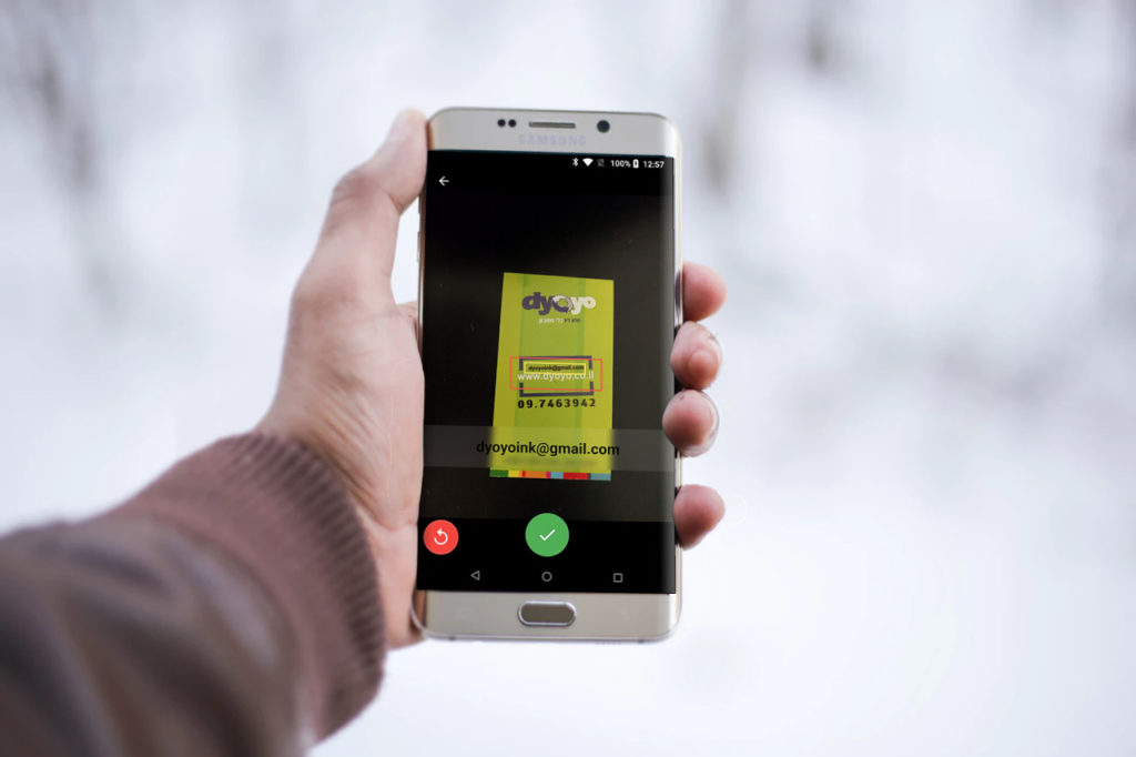 Folocard Offline Free Business Card Scanner on Galaxy Edge