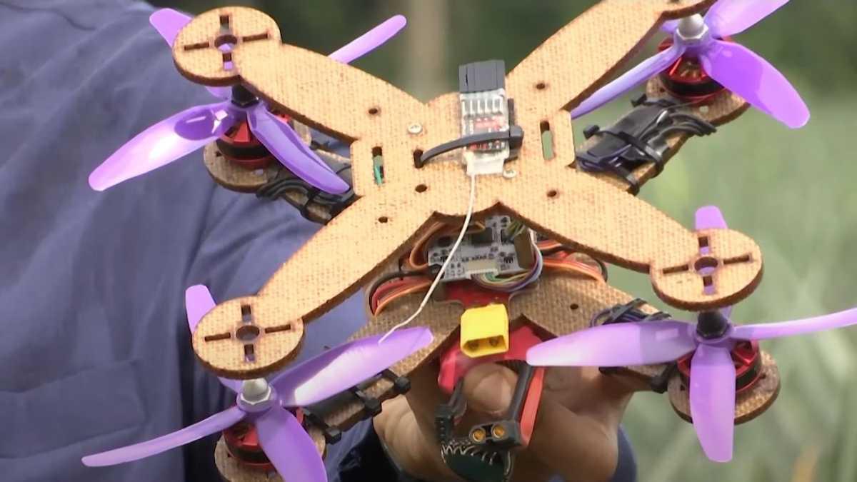 drones piña