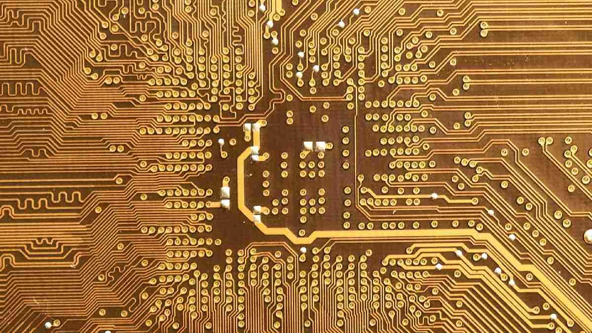 MediaTek Qualcomm chips