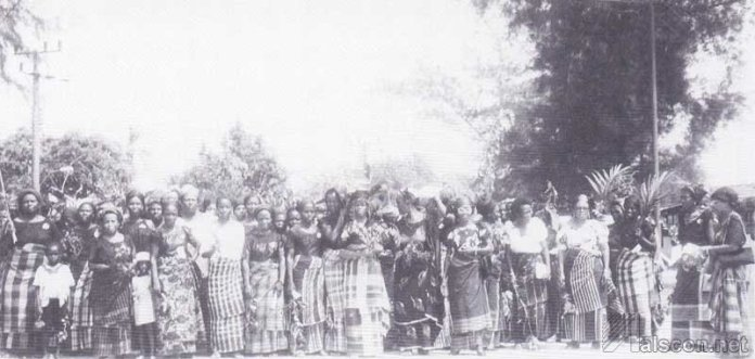 a-re-enactment-of-the-womens-protest-at-the-60lh-anniversary-of-the-womens-war-of-1929-at-ikot-abas