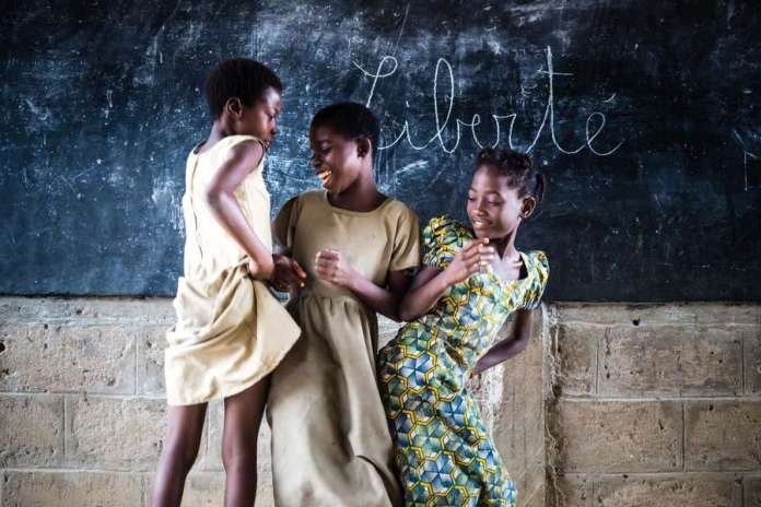 freedom-three-little-girls-at-school-in-africa