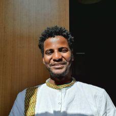 Biniyam Lombe