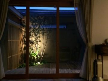 囲みの家.3