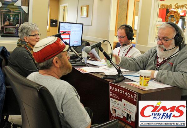 Kiosque de la sation de radio CIMS FM