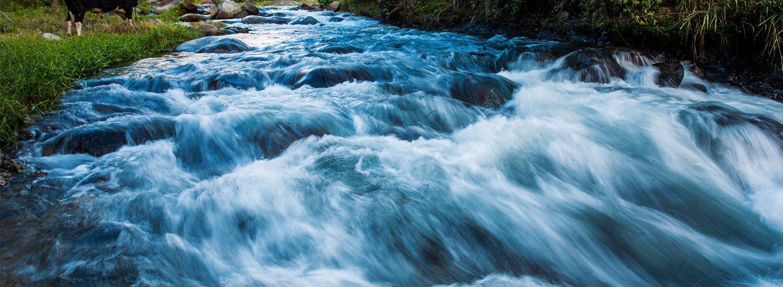 Fondo-Agua-Yaque-Del-Norte-Rio-Yaque