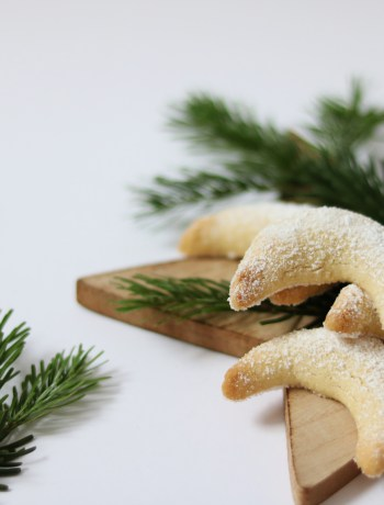 Christmas: Vegan Vanilla Crescents