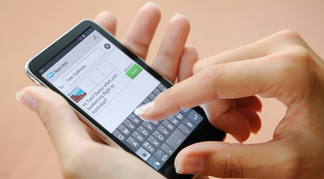 How to hack someone's text messages without having their phone
