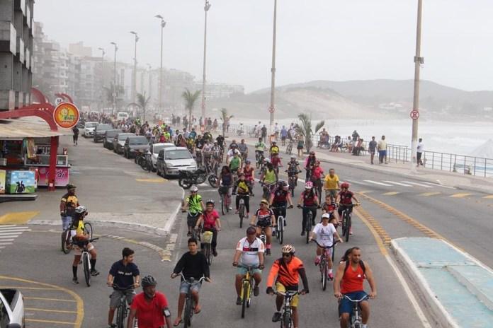 Projeto Bike Night Cabo Frio promove a campanha Natal Solidário