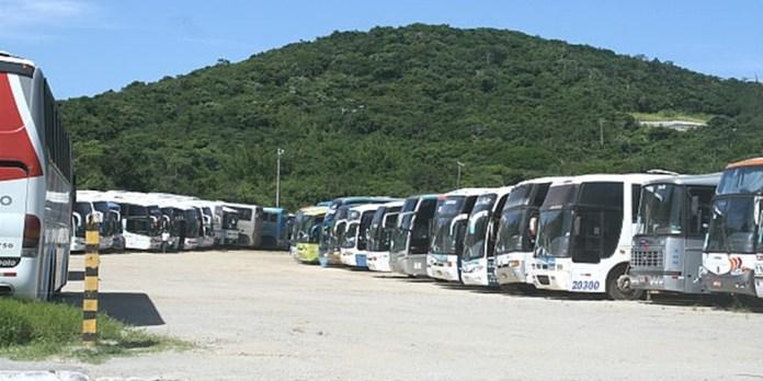 Ônibus de turismo têm novas regras de acesso a Cabo Frio