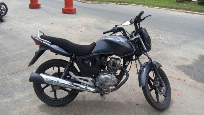 Menor é apreendido em Búzios por suspeita de roubo a moto