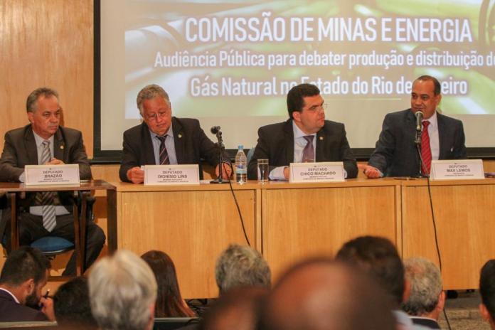 Serviços prestados pelas Concessionárias Enel e Energisa serão o foco principal da audiência promovida pela Comissão de Minas e Energia na próxima terça. Foto: Alerj/Assessoria