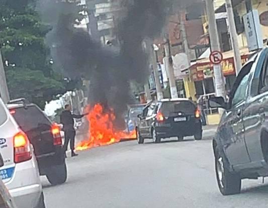 Ação visava prender jovem suspeito de liderar o tráfico na comunidade do Manoel Correa. foto: Internet/Reprodução