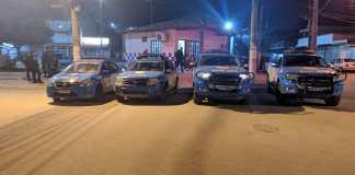 Um homem morreu após troca de tiros com a polícia na Colina, em São Pedro da Aldeia, nesta segunda-feira (15).