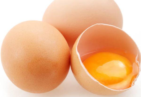 OVOS - 8 Alimentos que Fazem Seu Cabelo Crescer Mais Rápido