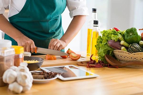cozinhar - Queimar calorias fácil no dia a dia! É possível! Veja atividades!