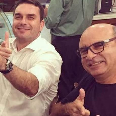 Áudio mostra que Queiroz continua influenciando em indicações políticas