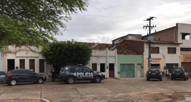 Polícia Civil prende suspeito de envolvimento no assassinato do prefeito de Granjeiro