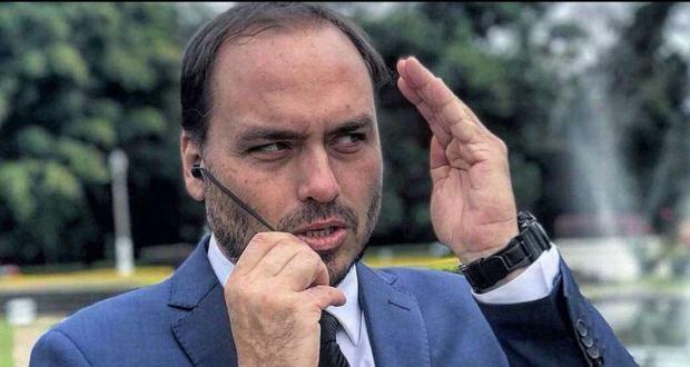 Polícia investiga participação de Carlos Bolsonaro na morte de Marielle, diz CBN