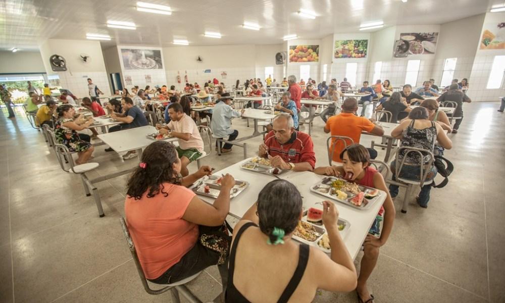 Serviços de 4 cozinhas comunitárias e Restaurante Popular estão suspensos