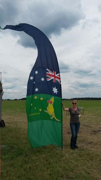 04_beach_flag_australia