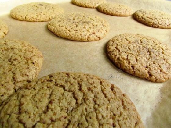 baking-cardamom-cookies