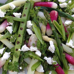 Grilled salad with spring vegetables