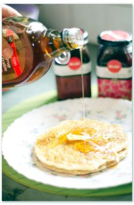 Weekend Bliss – Foolproof Buttermilk Pancakes